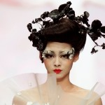 186722-china-fashion-week-2011-models-presents-mgpin-gothic-make-up-styling-c
