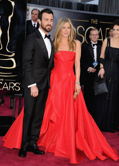 26. oscars 2013 jennifer aniston valentino justin thereux