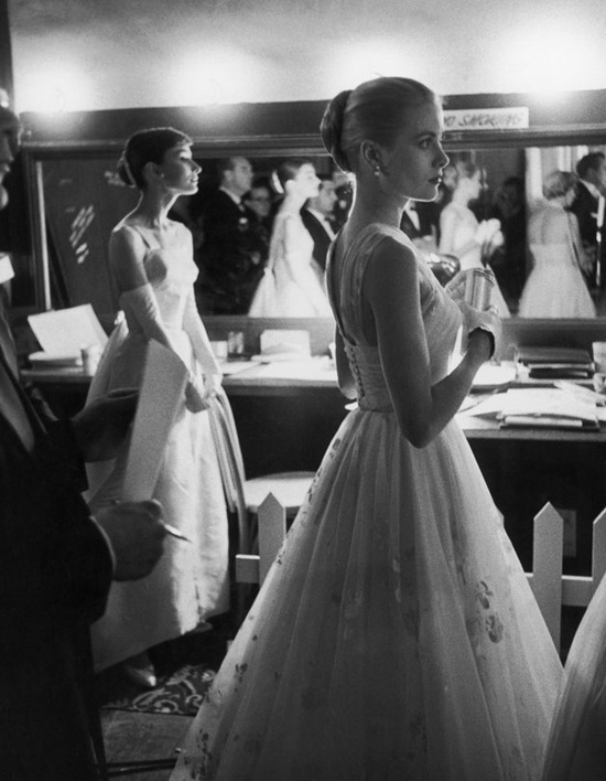 Oscar night 1956 Grace Kelly and Audrey Hepburn